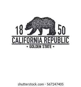 California t-shirt with grizzly bear. T-shirt graphics, design, print. Vector illustration.