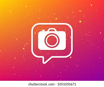 Camera icon. Professional photocamera symbol. Soft color gradient background. Speech bubble with flat icon. Vector