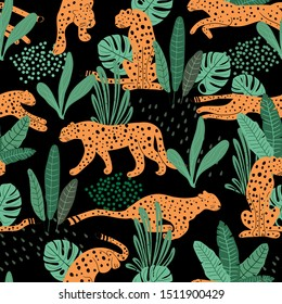 Cheetah  seamless pattern .  Tropical exotic summer pattern with hand drawn cheetah . print for T-shirts, textiles, wrapping paper, web.