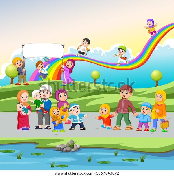 İlgili resim   Kids playing, Kids and parenting, Cute donkey