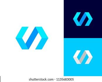 Code logo concept. Clean geometric coding symbol. Minimalistic Web developer logotype. Creative HTML coding element. Vector sign design