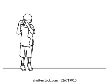 continuous line drawing of boy making photos with camera