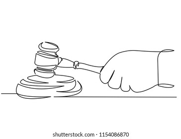 continuous single drawn one line judge hammer in hand hand-drawn picture silhouette line art. doodle.