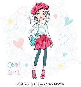 Wunderschönes Mädchen im Sommer Rock und Bluse, Hutbeet und mit Rucksack