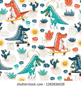 Cute Crocodile Seamless Pattern. Vector Background with Alligators. Cartoon Wild Animals Wallpaper