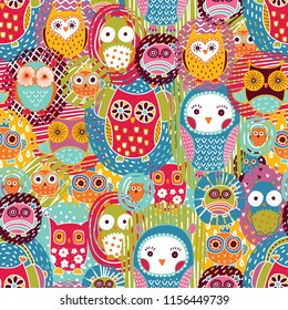 Cute owls. Seamless pattern.