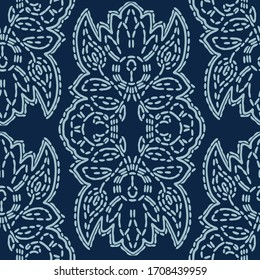 Damask motif sashiko stitch pattern.  Japanese needlework seamless vector background. Hand drawn line texture for textile print. Classic Japan embroidery  decor, asian fusion kimono quilted template.
