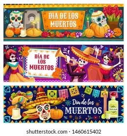 Dia de los Muertos skulls and skeletons vector design of Mexican Day of Dead holiday. Catrina, mariachi and flamenco dancers, sombrero, maracas and sugar calavera, marigold flowers, altar and bunting