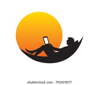 Digital nomad working remotely in the beach