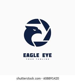 Eagle eye logo template design. Vector illustration.