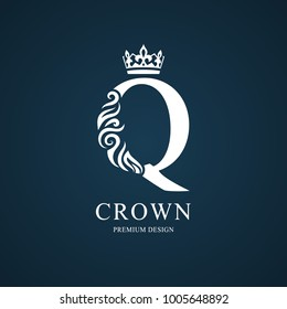 Elegant letter Q with crown. Graceful royal style. Calligraphic beautiful logo. Vintage drawn emblem for book design, brand name, business card, Restaurant, Boutique, Hotel. Vector illustration