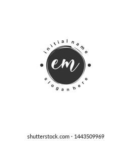 EM Initial beauty monogram logo vector