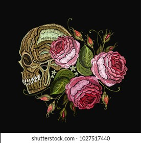 Embroidery skull and flowers
