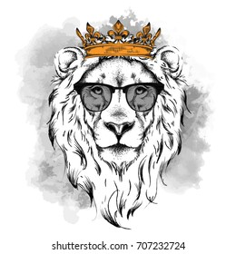 Ethnic hand drawing head of lion wearing crown and in the glasses. It can be used for print, posters, t-shirts. Vector illustration