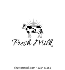 Fresh molk label with cow.