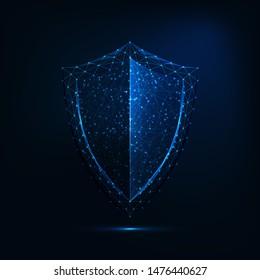 暗い青の背景に未来的な輝く低ポリゴンのガードシンボル。サイバーセキュリティ。データ保護のコンセプト。現代のワイヤフレームデザインベクターイラスト。