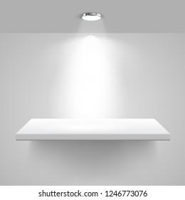 Gallery Interior with illuminated spotlight and shelf – stock vector