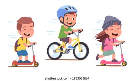 Niña, chicos ciclistas disfrutando de montar en bicicleta y pateando motos en el camino. Los niños felices conducen caricaturas que se divierten. Deportes, transporte y entretenimiento. Ilustración aislada de vector plano