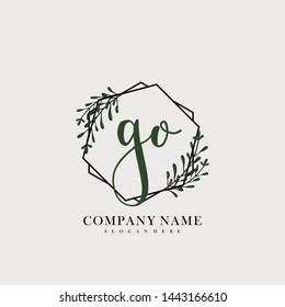 GO Initial beauty floral logo template