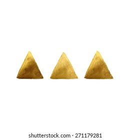 Gold painted triangle shapes.