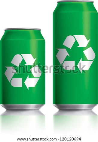 Green can vector visual 330 ml & 500 ml, with white recycle logo. Drawn with mesh tool. Fully adjustable & scalable