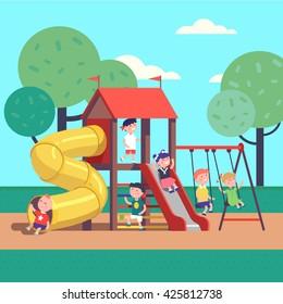 Группа детей, играющих в игру на городской общественной парковой площадке с качелями, горками, трубкой и домом. Счастливого детства. Современная плоская векторная иллюстрация мультяшного клипарта.