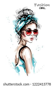 Hand drawn beautiful young woman with headband. Stylish elegant girl in sunglasses. Fashion woman portrait. Sketch.
