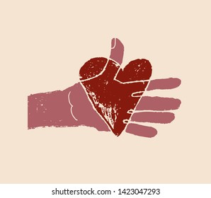 hands pass the heart for organ donation