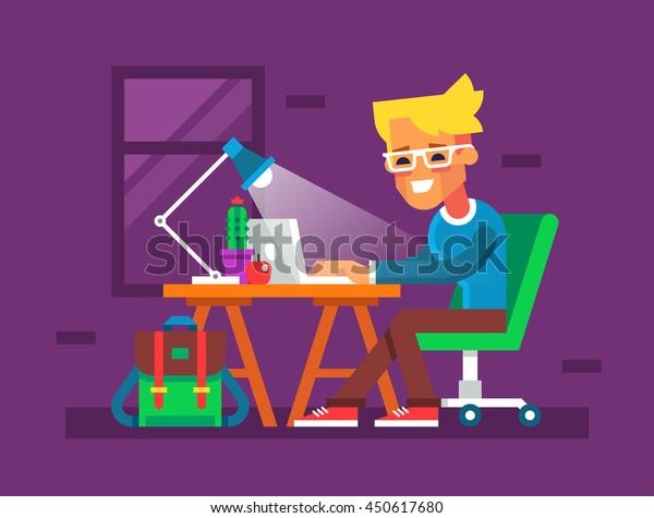 Un joven guapo está trabajando en su laptop. El blogger sentado en la mesa y escribiendo algo en un cuaderno. Dibujo creativo y colorido en diseño plano.