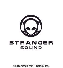 Headphone DJ Alien Studio Record logo design