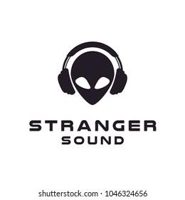 Headphone Earphone Hip Hop DJ Alien Music Studio Record logo design