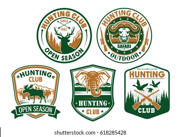 Hunting or hunter club badges with symbols of wild animals musk-ox and deer, duck birds, elk and african elephant. Hunt sport vector icons of guns and riffles for open season or safari adventure