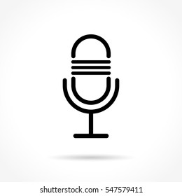 Illustration of microphone thin line icon design