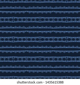 Indigo blue sashiko style japanese stripes embroidery pattern. Hand drawn running stitch. Textile all over print. Classic simple Japan decor. Asian kimono quilting template. Seamless vector backdrop