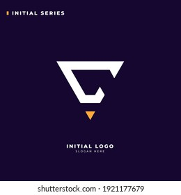 Initial C logo design with triangle shape, Logo for game, esport, initial gaming, community or business.