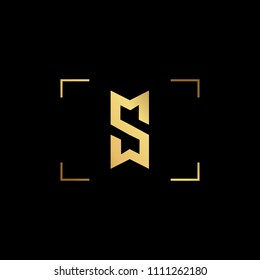 Initial letter SM MS SW WS minimalist art monogram shape logo, gold color on black background