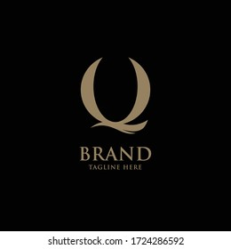the initials Q in the shape of a flying bird for premium logo vector