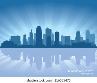 Kansas city, Missouri skyline with reflection in water