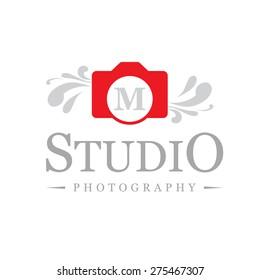 Letter M logo , creative red camera symbol floral , Elegant calligraphic ornament line art monogram logo design for photographer , Fashion & wedding photography logo design . vector illustration