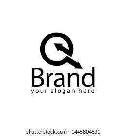 Letter Q logo with arrow, Q initial., flat design. technology logo.