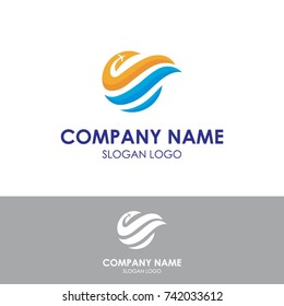 logo traveling for holiday