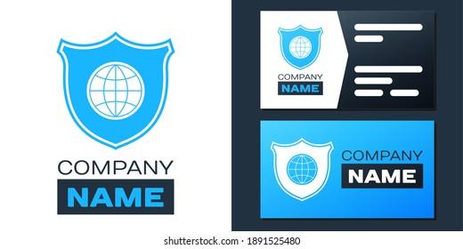 白い背景にロゴタイプシールドと世界の地球儀のアイコン。 セキュリティ、安全、保護、プライバシーのコンセプト。 ロゴデザインテンプレートエレメント。 ベクター画像。