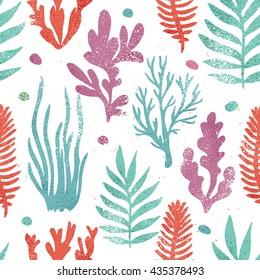 Marine plants background. Seaweed seamless pattern. Summer print. Textured illustration. Vector illustration