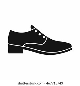 Men shoe icon in simple style isolated on white background. Wear symbol