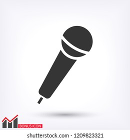 Microphone icon vector 10 eps design