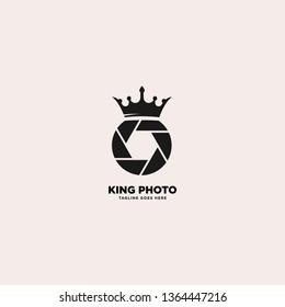 Modern King Camera Logo Design, template vector illustration - Vector