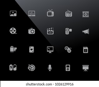 Multimedia Icons // 32px Series - Vector icons adjusted to work in a 32 pixel grid.