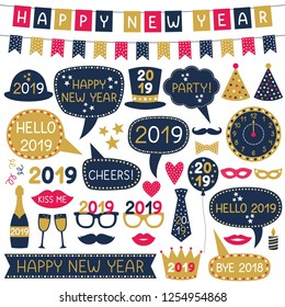 New Year 2019 party banners and speech bubbles, vector set