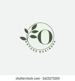 O Letter Logo Circle Nature Leaf,  vector logo  design concept  botanical floral leaf with initial letter logo icon for nature business.