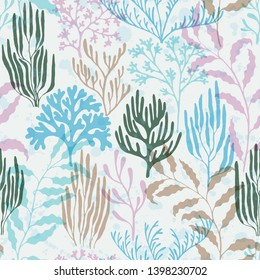 Ocean corals seamless pattern. Kelp laminaria seaweed algae background. Mediterranean staghorn and pillar corals bushes. Aquatic plants repeating vector background. Sea reef nature pattern.